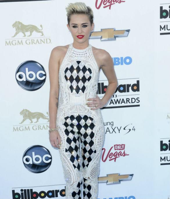 Billboard Awards: Miley Cyrus And Madonna Lead The Night's Worst Dressed