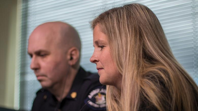 'Stay on the line': 911 dispatcher helps teacher save student's life