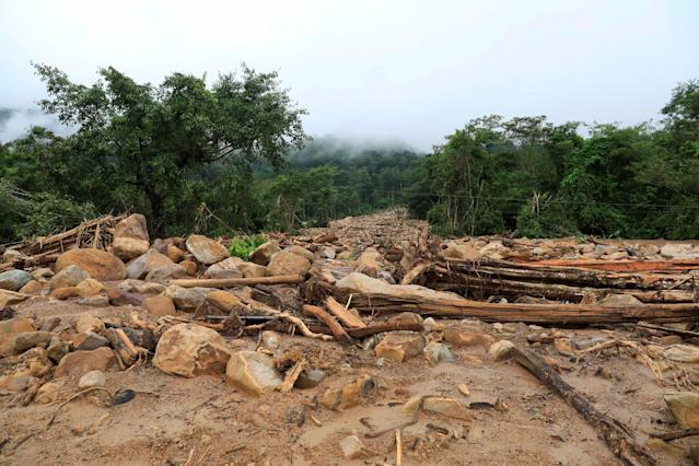 <p>Debris is seen in an area affected by landslide after the Xepian-Xe Nam Noy hydropower dam collapsed in Attapeu province, Laos, July 26, 2018. (Photo: Soe Zeya Tun/Reuters) </p>