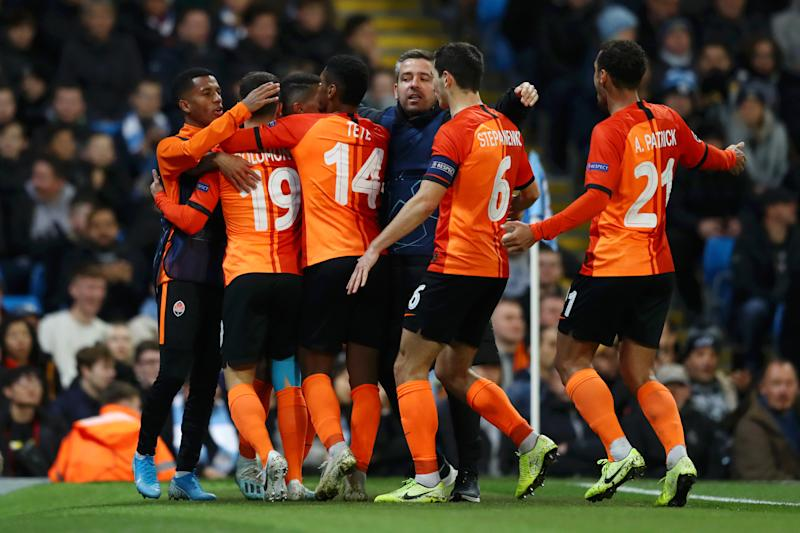 The Shakhtar Donetsk players celebrate. (Photo by Michael Steele/Getty Images)