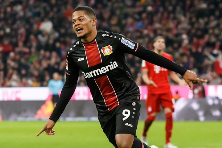 Leon Bailey to Manchester United