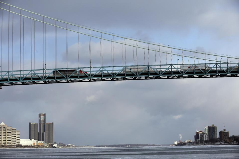 <p><strong>No. 16: Windsor, Ont.</strong><br>Average household net worth: $602,529<br>(AP Photo/Carlos Osorio, File) </p>