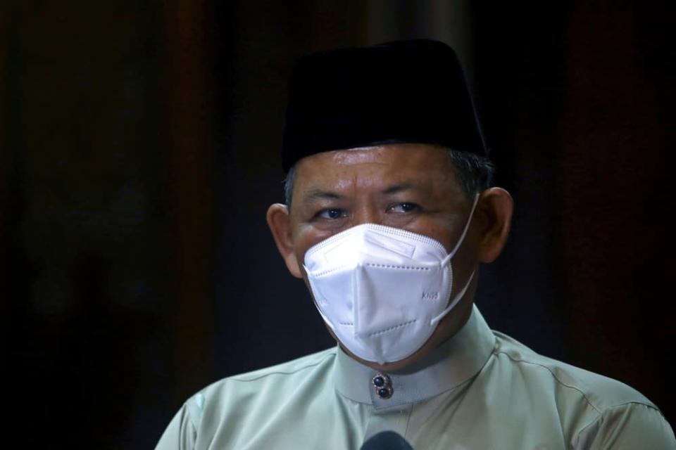 The letter of termination, sighted by the Malay daily, was signed by the chapter's chief Datuk Seri Aminuddin Harun. — Bernama pic