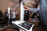 Iraqis vote in general election