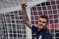 Inter Milan's Mauro Icardi celebrates after scoring a penalty during their Italian Serie A match against Sampdoria, at San Siro Stadium in Milan, on October 29, 2014 (AFP Photo/Giuseppe Cacace)