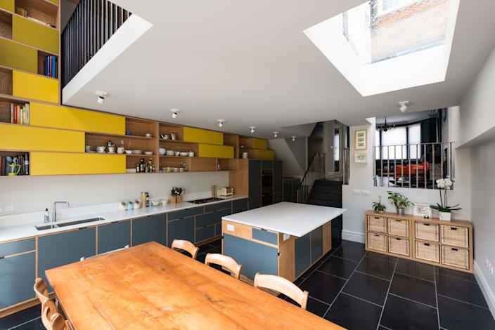 """<div class=""""caption""""> Matthew chose durable materials throughout to provide a functional kitchen to a young family. </div> <cite class=""""credit""""><a href=""""https://www.frenchandtye.com/"""" rel=""""nofollow noopener"""" target=""""_blank"""" data-ylk=""""slk:FRENCH+TYE"""" class=""""link rapid-noclick-resp"""">FRENCH+TYE</a></cite>"""