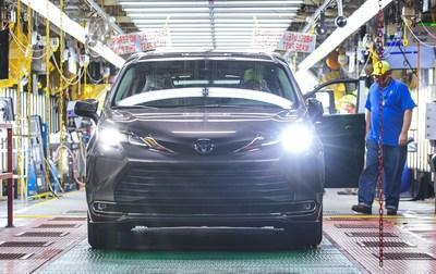 Indiana-assembled Toyota Sienna Celebrated As 30 Millionth U.S. Produced Vehicle