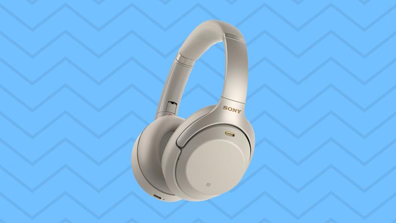 These top rated noise-canceling headphones are less than $300. (Photo: Walmart)