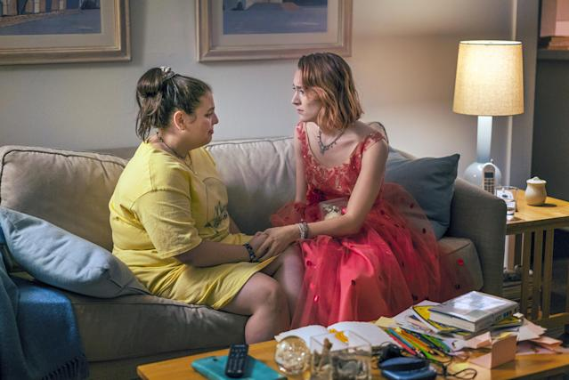 Beanie Feldstein, left, with Saoirse Ronan in <em> Lady Bird</em>. (Photo: A24/courtesy of Everett Collection)