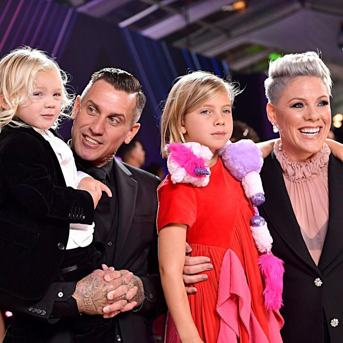 Pink, Carey Hart and children Jameson and Willow at 2019 E! People's Choice Awards (Emma McIntyre / NBC)