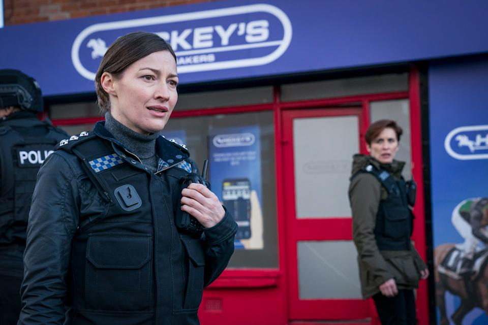 WARNING: Embargoed for publication until 00:00:01 on 16/03/2021 - Programme Name: Line of Duty S6 - TX: n/a - Episode: Line Of Duty - Ep 1 (No. n/a) - Picture Shows: *NOT FOR PUBLICATION UNTIL 00:01HRS, TUESDAY 16TH MARCH, 2021* DCI Joanne Davidson (KELLY MACDONALD), DI Kate Fleming (VICKY MCCLURE) - (C) World Productions - Photographer: Steffan Hill