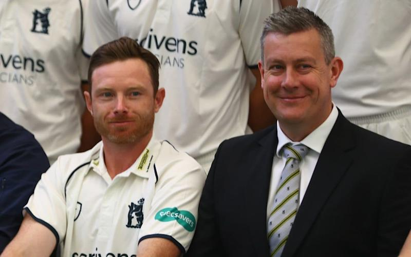 Giles (right) pictured with Warwickshire captain Ian Bell - Getty Images Europe
