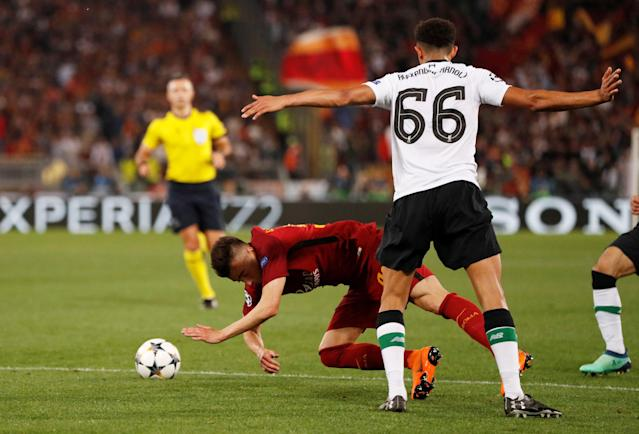 Soccer Football - Champions League Semi Final Second Leg - AS Roma v Liverpool - Stadio Olimpico, Rome, Italy - May 2, 2018 Roma's Stephan El Shaarawy goes down in the area after a challenge by Liverpool's Trent Alexander-Arnold however a penalty is not awarded Action Images via Reuters/John Sibley