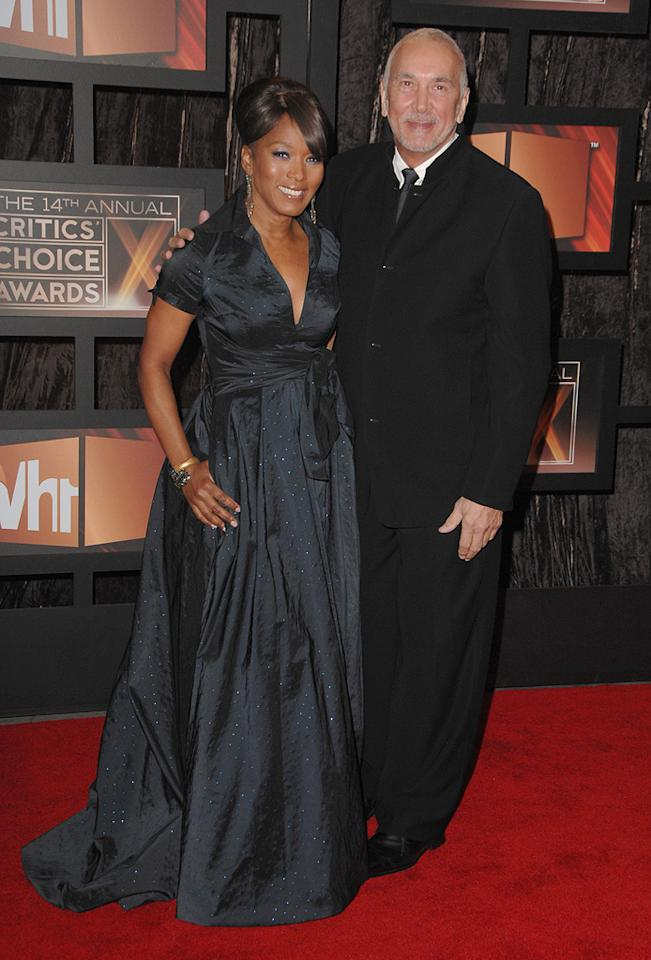 "<a href=""http://movies.yahoo.com/movie/contributor/1800022396"">Angela Bassett</a> and <a href=""http://movies.yahoo.com/movie/contributor/1800017675"">Frank Langella</a> at the 14th Annual Critics' Choice Awards in Santa Monica - 01/08/2009"