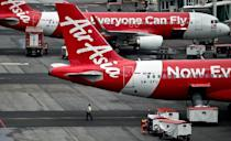 """The AirAsia Tweet after the news broke: """"AirAsia Indonesia regrets to confirm that QZ8501 from Surabaya to Singapore has lost contact at 07:24hrs this morning http://on.fb.me/1xpx5pl"""""""