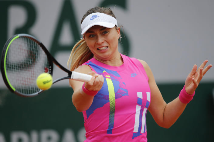FILE - In this Oct. 5, 2020 file photo, Spain's Paula Badosa plays a shot against Germany's Laura Siegemund in the fourth round match of the French Open tennis tournament at the Roland Garros stadium in Paris, France. Badosa who is in Melbourne for the Australian Open says she tested positive for COVID-19. She wrote on Twitter, Thursday, Jan. 21, 2021, that she received her test result for the illness on the seventh day of her hard quarantine in Australia. (AP Photo/Christophe Ena, File)