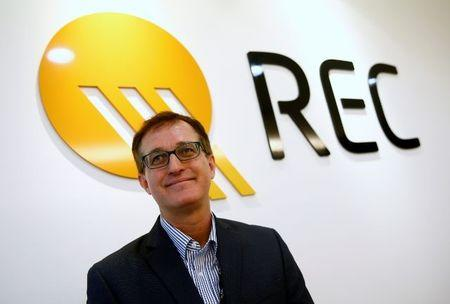 FILE PHOTO: REC's Chief Executive Officer Steve O'Neil poses for a portrait in their solar panel manufacturing plant in Singapore May 5, 2017. Picture taken May 5, 2017.  REUTERS/Edgar Su
