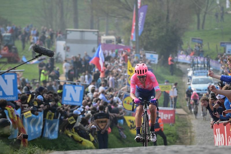 Alberto Bettiol was already clear when he reached the Patersberg climb  for the last time