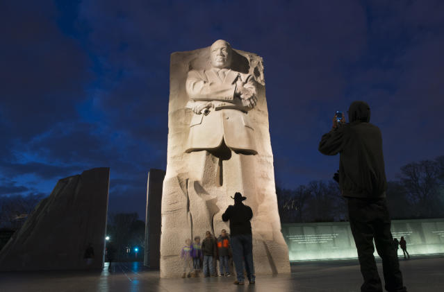 Tourists visit the Martin Luther King Jr. Memorial in Washington, D.C. (Photo: Linda Davidson/The Washington Post via Getty Images)
