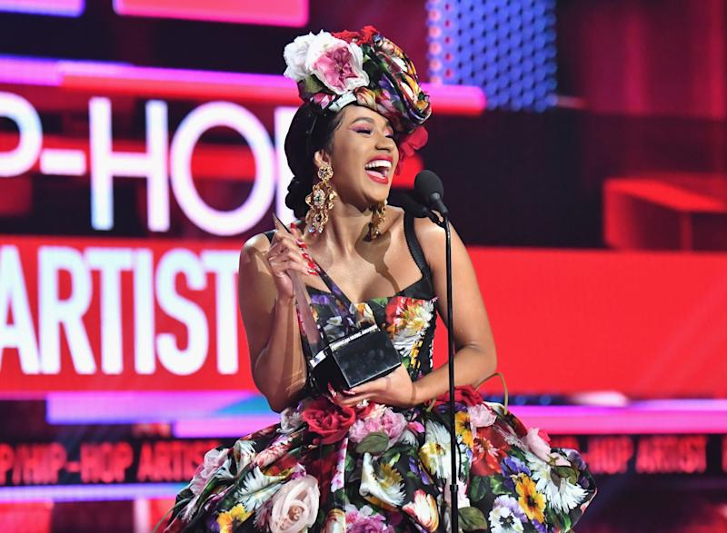 Cardi B delivers a message to her haters.  (Photo: Jeff Kravitz/AMA2018 via Getty Images)