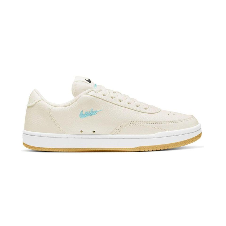 """<p><strong>Nike</strong></p><p>nordstrom.com</p><p><strong>$70.00</strong></p><p><a href=""""https://go.redirectingat.com?id=74968X1596630&url=https%3A%2F%2Fwww.nordstrom.com%2Fs%2Fnike-court-vintage-premium-sneaker-women%2F5714194&sref=https%3A%2F%2Fwww.elle.com%2Ffashion%2Fshopping%2Fg37873182%2Fnordstrom-fall-clothing-sale%2F"""" rel=""""nofollow noopener"""" target=""""_blank"""" data-ylk=""""slk:Shop Now"""" class=""""link rapid-noclick-resp"""">Shop Now</a></p><p>Is there anything more wearable than an off-white vintage-inspired sneaker? (Hint: The answer is no.)</p>"""