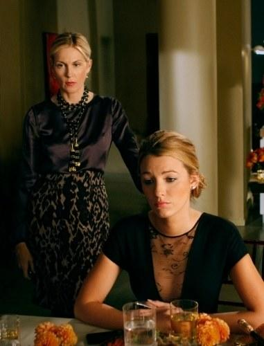 As Thanksgiving hits the Upper East Siders of Gossip Girl, Blair suspects her mother is lying to her, Vanessa ditches dinner with her family to hide in Dan's loft, and Rufus discovers that Lily has been lying to him about her mother's health. Photo courtesy of IMDB.
