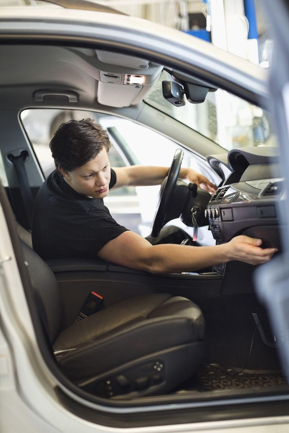 """<p>Stock your glove compartment with napkins, a nail file, car registration, <span class=""""itxtrst itxtrsta itxthook"""">tire</span> gauge, a <a href=""""https://www.womansday.com/life/a5911/14-disaster-kit-essentials-124063/"""" rel=""""nofollow noopener"""" target=""""_blank"""" data-ylk=""""slk:first-aid kit"""" class=""""link rapid-noclick-resp"""">first-aid kit</a>, and a roll of quarters.</p><p><strong><a class=""""link rapid-noclick-resp"""" href=""""https://www.amazon.com/First-Aid-Kit-Pouch-64-Piece/dp/B07DHW3ZCF/?tag=syn-yahoo-20&ascsubtag=%5Bartid%7C10070.g.3310%5Bsrc%7Cyahoo-us"""" rel=""""nofollow noopener"""" target=""""_blank"""" data-ylk=""""slk:SHOP FIRST AID KITS"""">SHOP FIRST AID KITS</a></strong></p>"""