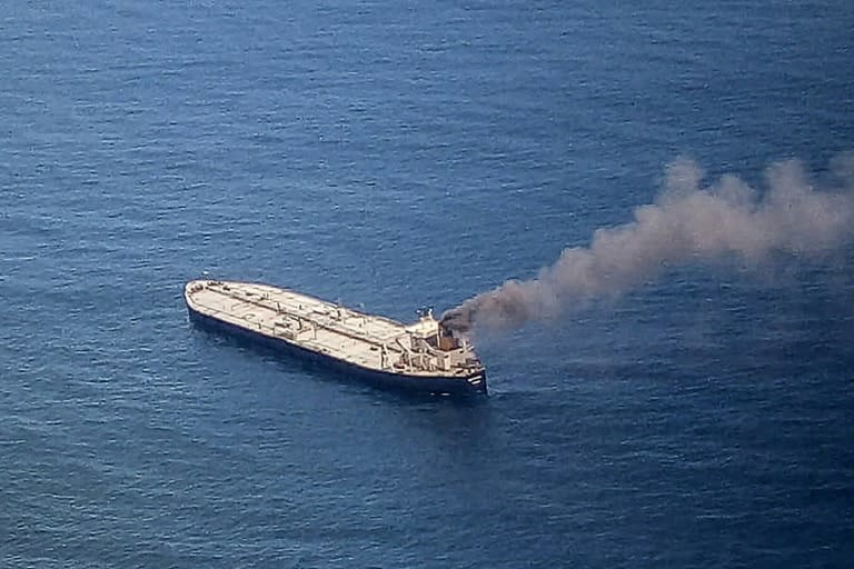 Warships join fight to put out fire on oil tanker off Sri Lanka