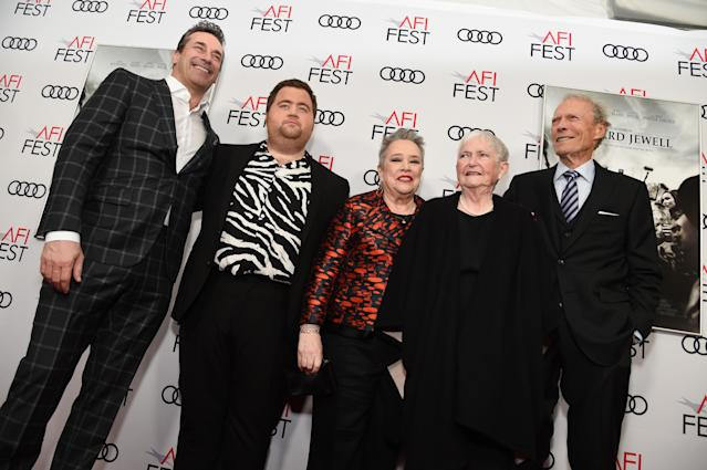 """Jon Hamm, Paul Walter Hauser, Kathy Bates, Barbara """"Bobi"""" Jewell, and Clint Eastwood attends the Richard Jewell premiere (Credit: Michael Kovac/Getty Images for AFI)"""