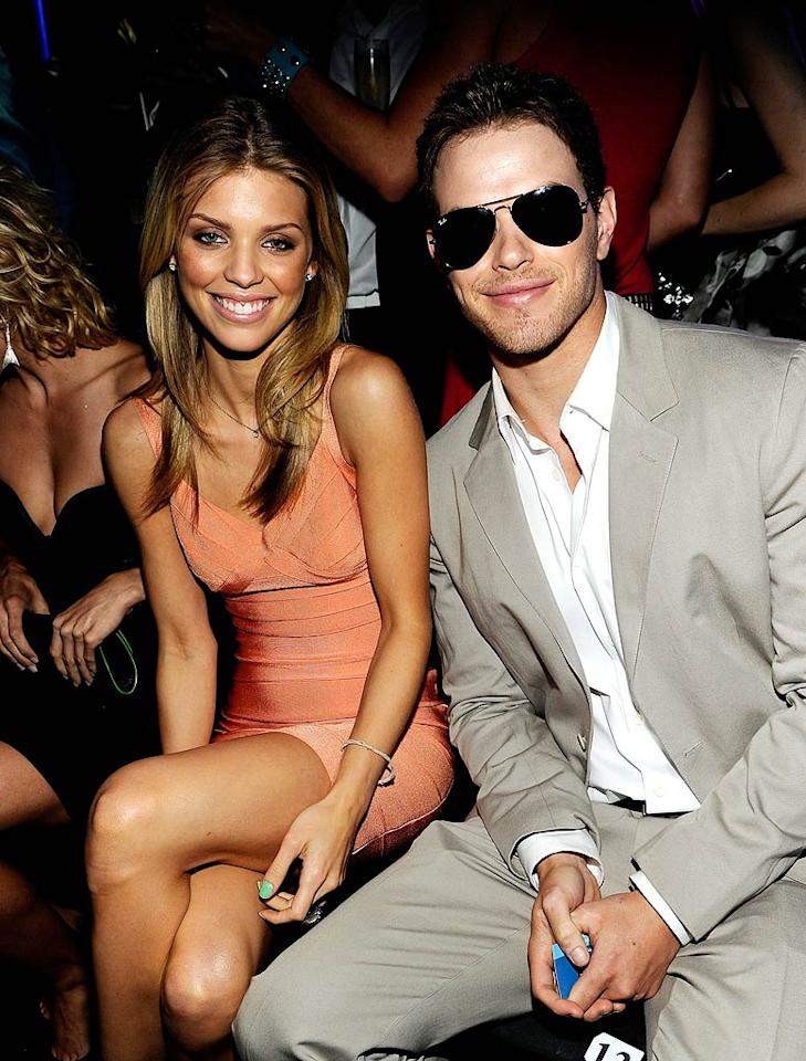 """""""90210's"""" AnnaLynne McCord cheered on her BF, """"Twilight's"""" hunky Kellan Lutz, who picked up the Do Something for the Animals award for standing up for our furry friends. Kevin Mazur/<a href=""""http://www.wireimage.com"""" target=""""new"""">WireImage.com</a> - July 19, 2010"""