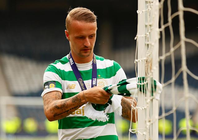 Soccer Football - Scottish Cup Final - Celtic vs Motherwell - Hampden Park, Glasgow, Britain - May 19, 2018 Celtic's Leigh Griffiths ties a scarf around the goalpost after winning the Scottish Cup Action Images via Reuters/Jason Cairnduff