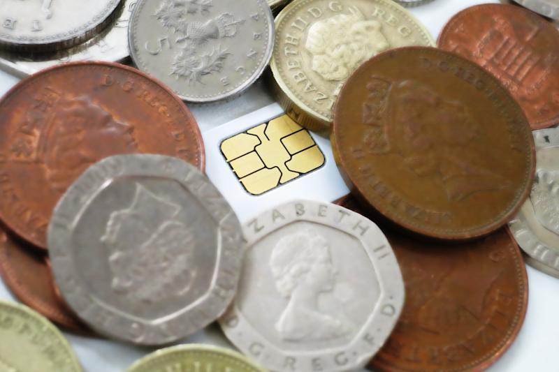 With a little effort, it's easy to save money on your mobile phone bill (Image: Recombu)