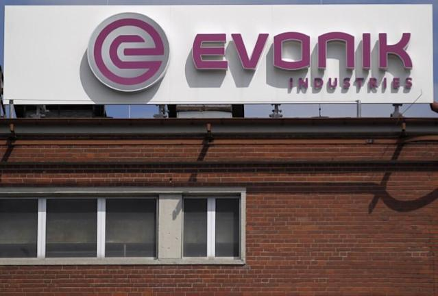 Evonik launches auction for acrylic sheet business - sources
