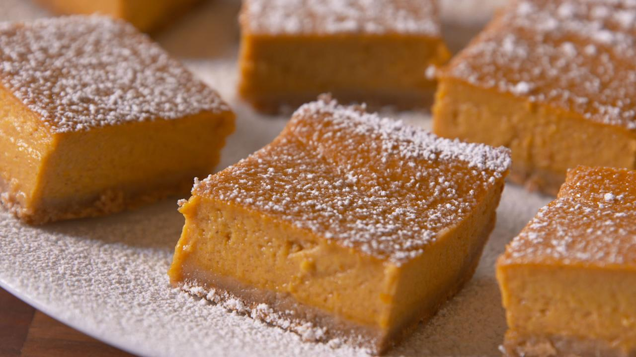 <p>Celebrate fall with these easy pumpkin bar recipes.<span></span></p>