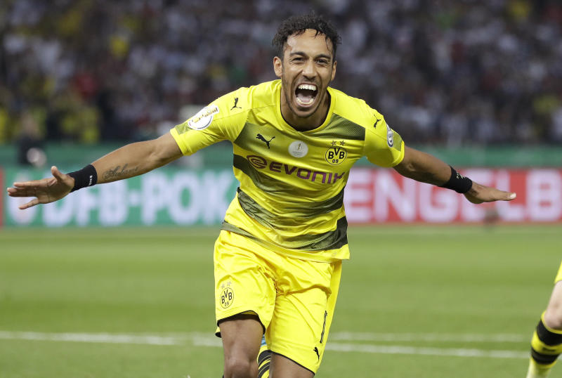 BVB chief Watzke warns Chelsea, Real Madrid over Aubameyang: Decision this week