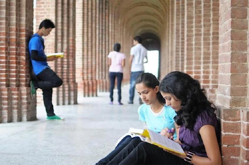 Delhi University to Conduct Final Year UG, PG Online Open Book Exams in August