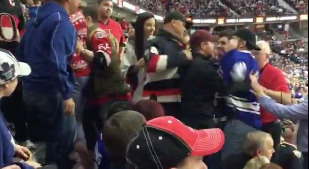 A few fans started throwing punches in the stands of the Canadian Tire Centre on Saturday night. (Twitter/@TomSENS5)