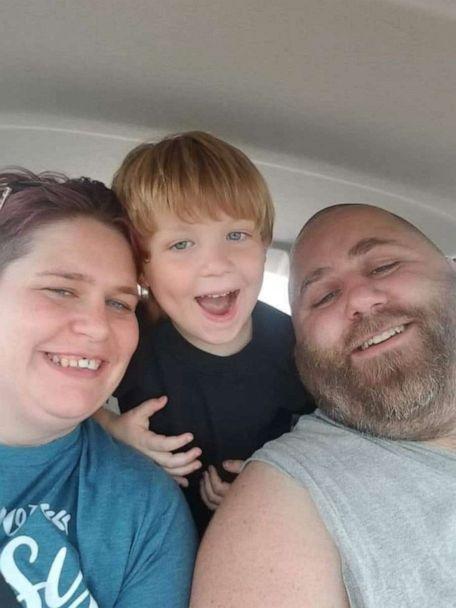 PHOTO: Carlton and Michelle Oakes pictured here with their young son. The Arkansas couple have been hit hard by coronavirus with Carlton now out of work and Michelle faced with dropping out of school to take care of the children. (Michelle Oakes)
