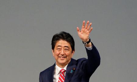 Japan PM Abe mulls snap election amid North Korea crisis