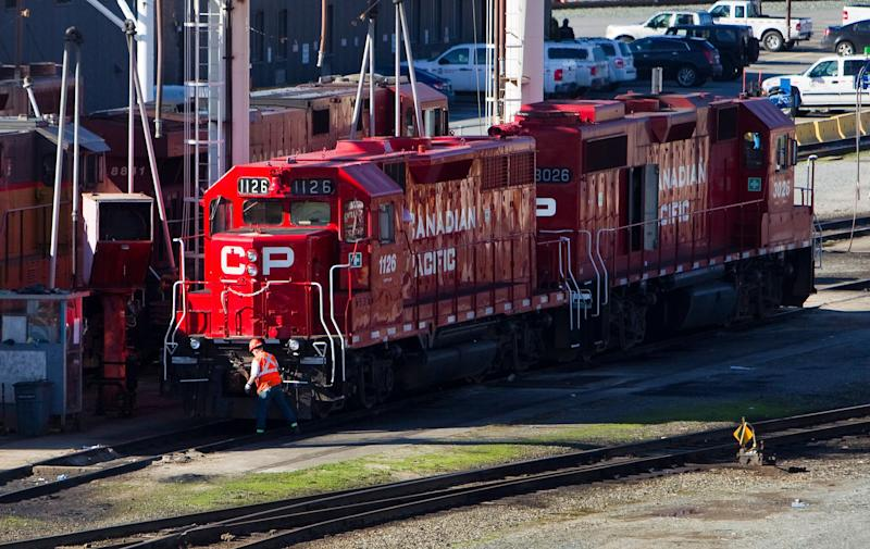 The Canadian Pacific railyard is pictured in Port Coquitlam, British Columbia February 15, 2015. Canadian Pacific Railway Ltd prepared to operate a reduced freight schedule run by its managers on Sunday, after talks on a new contract broke down and more than 3,000 train engineers and conductors walked off the job. REUTERS/Ben Nelms (CANADA - Tags: TRANSPORT BUSINESS EMPLOYMENT CIVIL UNREST)