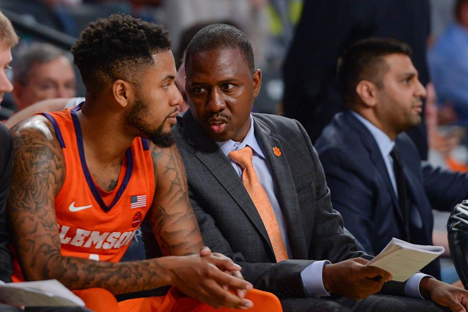 ATLANTA, GA  FEBRUARY 06:  Clemson assistant coach Steve Smith (right) speaks with Shelton Mitchell (left) on the bench during the game between the Clemson Tigers and the Georgia Tech Yellow Jackets on February 6th, 2019 at Hank McCamish Pavilion in Atlanta, GA.  (Photo by Rich von Biberstein/Icon Sportswire via Getty Images)
