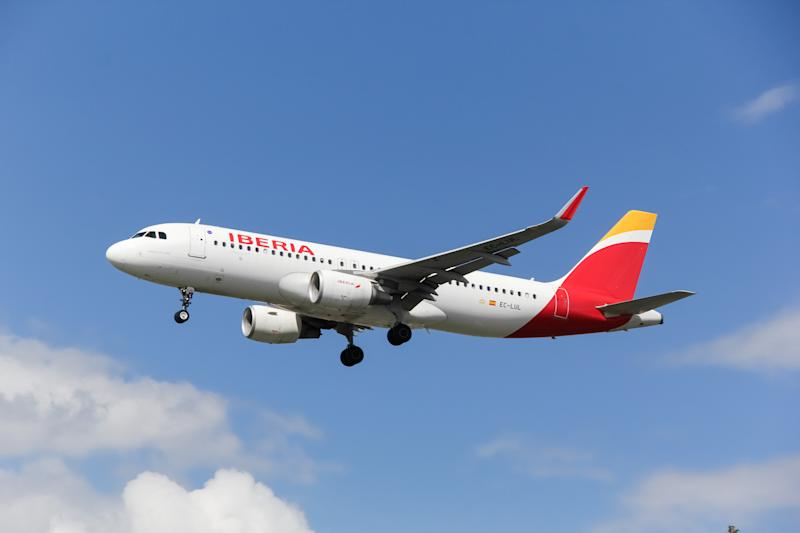 Iberia Airlines airbus a320 approaching at London Heathrow Airport