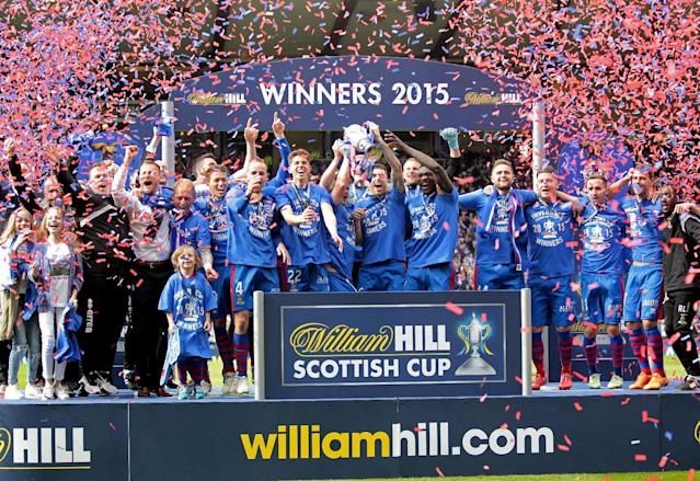 "Football - Falkirk v Inverness Caledonian Thistle - William Hill Scottish FA Cup Final - Hampden Park, Glasgow, Scotland - 30/5/15 Inverness Caledonian Thistle celebrate with the trophy after winning the William Hill Scottish FA Cup Final Action Images via Reuters / Graham Stuart Livepic EDITORIAL USE ONLY. No use with unauthorized audio, video, data, fixture lists, club/league logos or ""live"" services. Online in-match use limited to 45 images, no video emulation. No use in betting, games or single club/league/player publications. Please contact your account representative for further details."