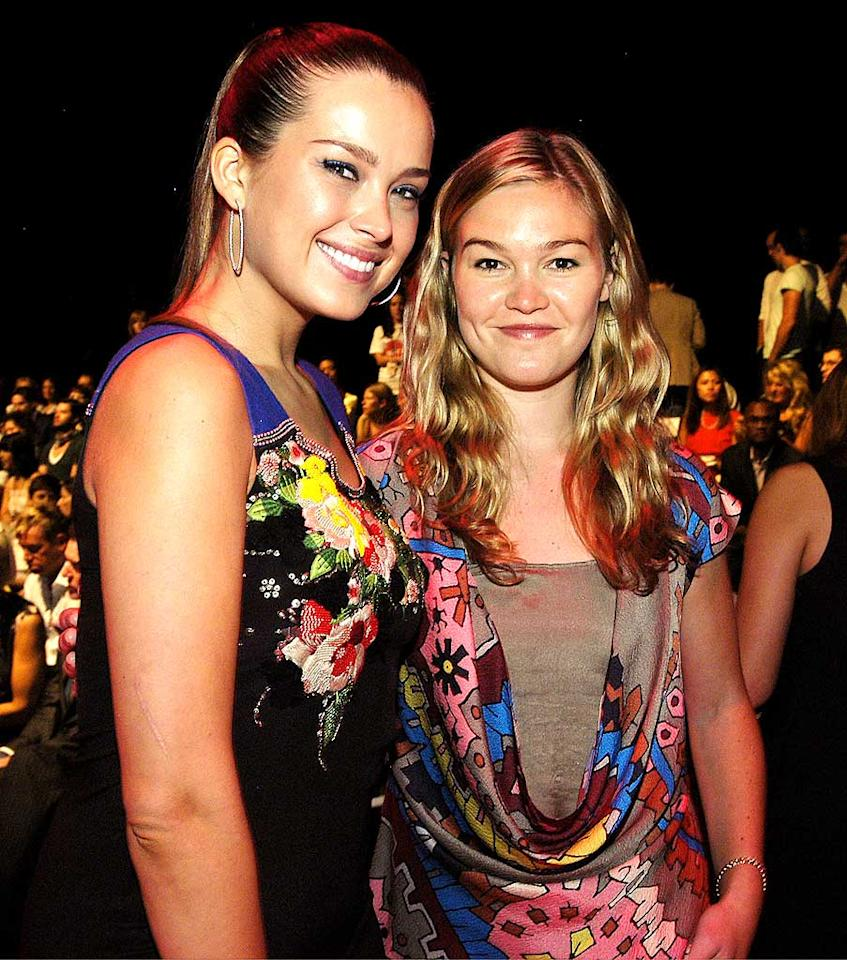 "Petra Nemcova and Julia Stiles' floral frocks were a miss at Matthew Williamson's show. Julia's sheer cutout was particularly unflattering. Paul Warner/<a href=""http://www.wireimage.com"" target=""new"">WireImage.com</a> - September 1, 2008"