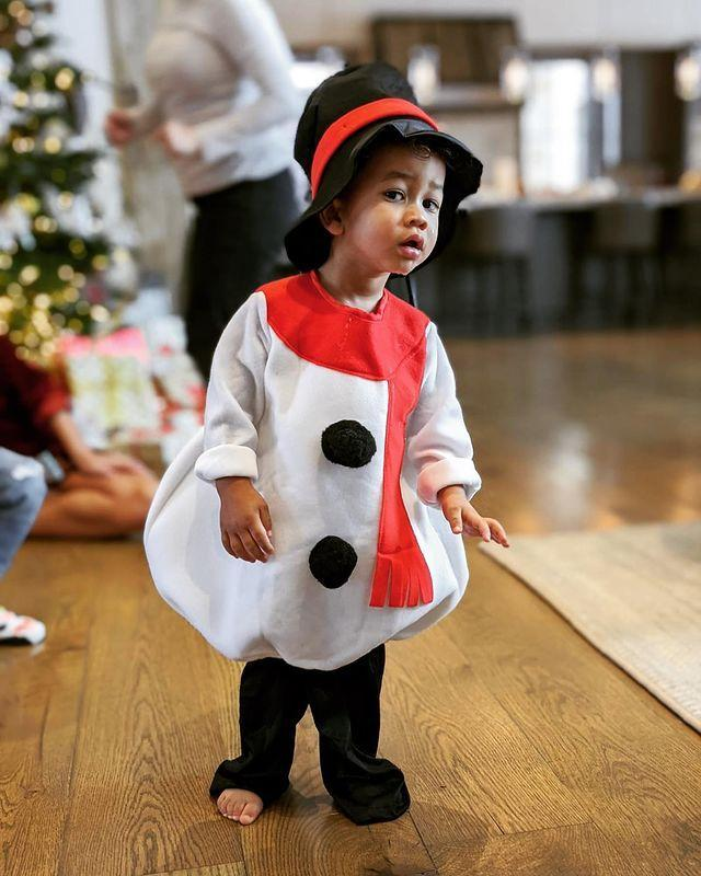 "<p>Chrissy Teigen shared super sweet snap of son Miles in a snowman suit ahead of the festive season. </p><p><a href=""https://www.instagram.com/p/B6gWgKEJI9N/?utm_source=ig_embed"" rel=""nofollow noopener"" target=""_blank"" data-ylk=""slk:See the original post on Instagram"" class=""link rapid-noclick-resp"">See the original post on Instagram</a></p>"