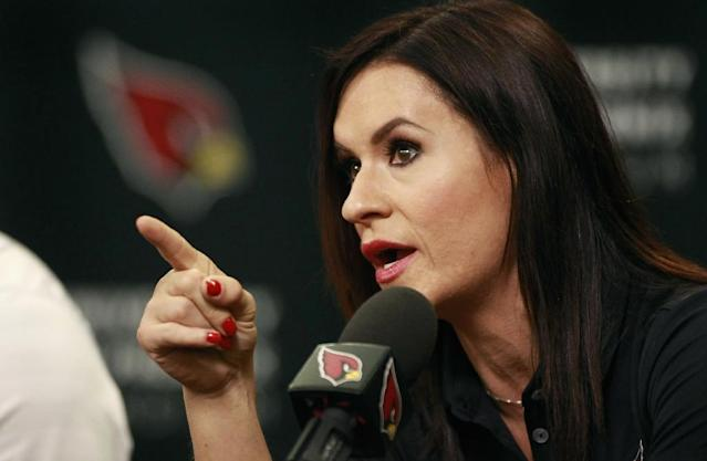 Jen Welter pictured at a press conference where she was named intern coach for the NFL's Arizona Cardinals on July 28, 2015 (AFP Photo/Ralph Freso)