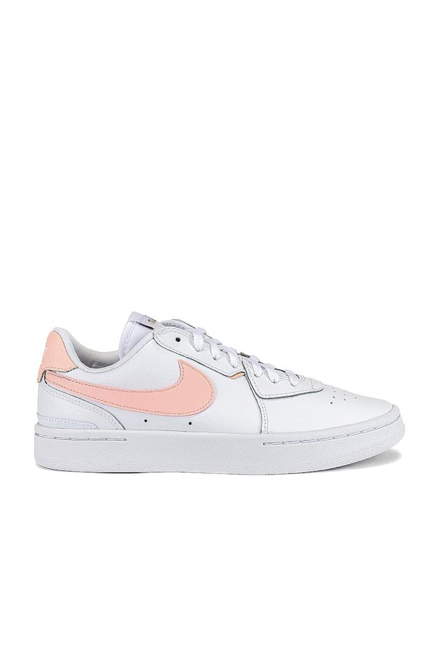 "<p><product href=""https://www.revolve.com/nike-court-blanc/dp/NIKR-WZ248/?d=Womens&amp;page=1&amp;lc=9&amp;itrownum=3&amp;itcurrpage=1&amp;itview=05"" target=""_blank"" class=""ga-track"" data-ga-category=""internal click"" data-ga-label=""https://www.revolve.com/nike-court-blanc/dp/NIKR-WZ248/?d=Womens&amp;page=1&amp;lc=9&amp;itrownum=3&amp;itcurrpage=1&amp;itview=05"" data-ga-action=""body text link"">Nike Court Blanc in White &amp; Washed Coral Sneakers</product> ($53, originally $75)</p>"
