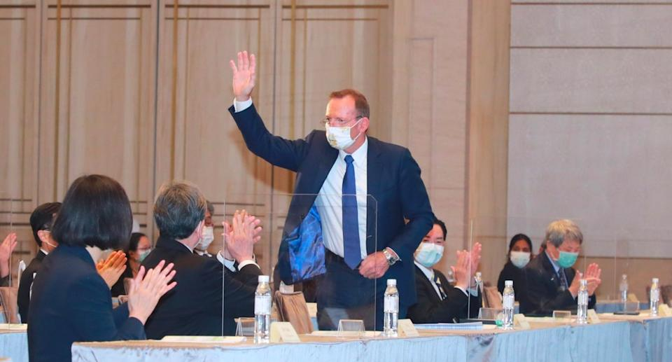 Tony Abbott received a warm welcome in Taiwan. Source: Ministry of Foreign Affairs, ROC Taiwan