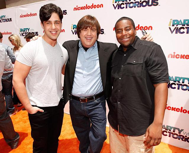 Josh Peck, Dan Schneider, and Kenan Thompson in 2011. (Photo by Christopher Polk/Getty Images for Nickelodeon)