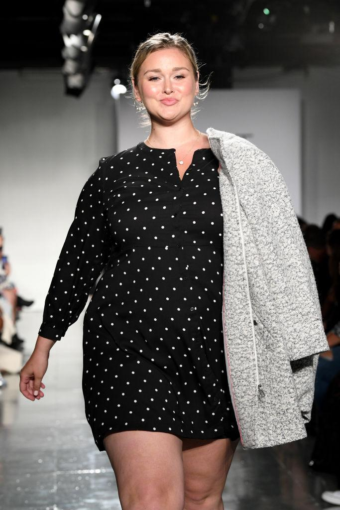 <p>Curvy model and <em>Sports Illustrated</em> favorite, Hunter McGrady, walks Loft's first-ever runway show at theCURVYcon during New York Fashion Week. (Photo: Getty Images) </p>